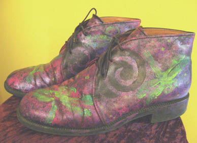 Hand painted and decorated shoes, make your own decorated shoes, painting and stenciling on leather, fabric paints on shoes