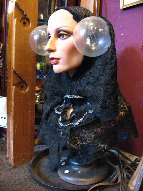 woman_head_balls500