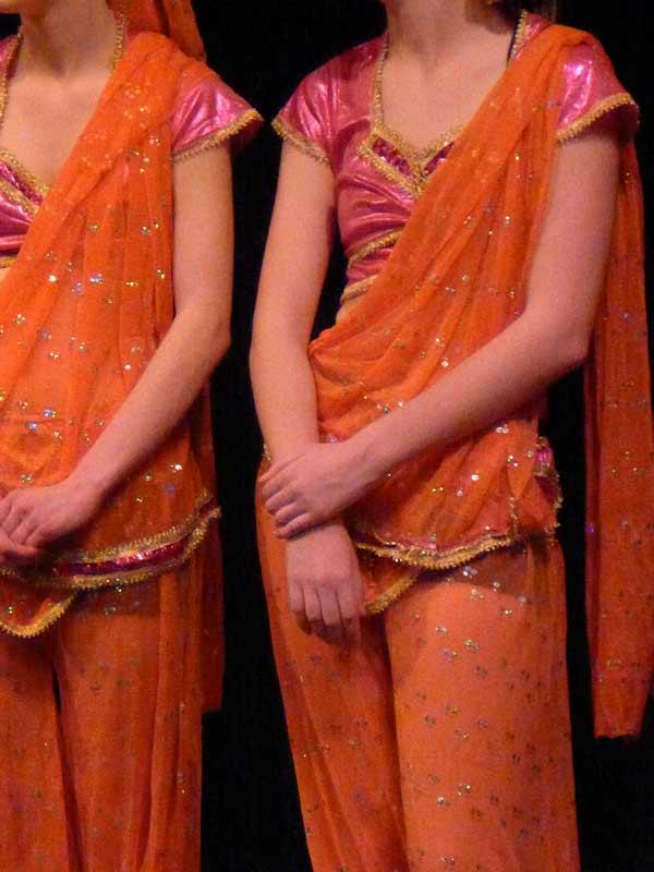 dance-pink-orange-indian