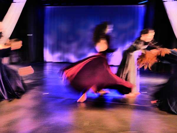ova-dance-blur