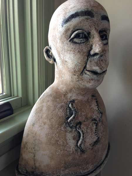 KikiMasthem_figurative-ceramic-sculpture
