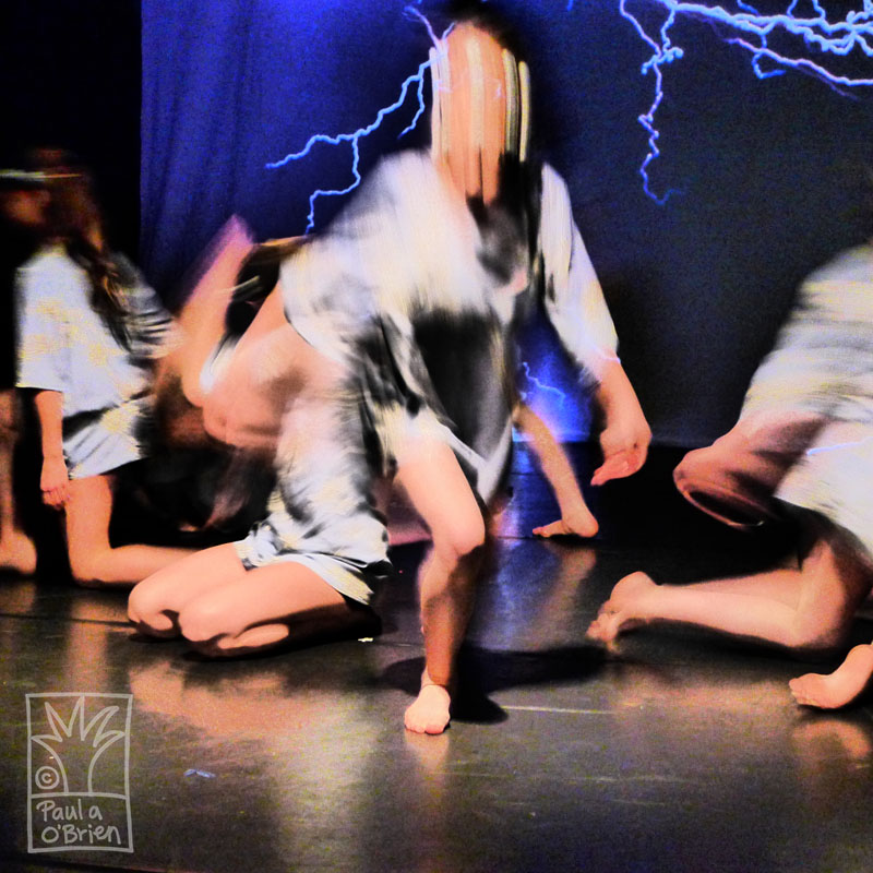 dramatic contemporary dance photography by Paula O'Brien, motion blur