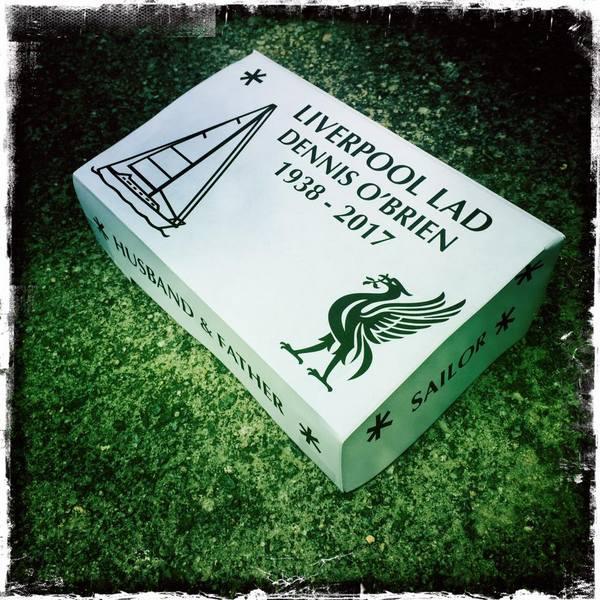 paper mockup headstone